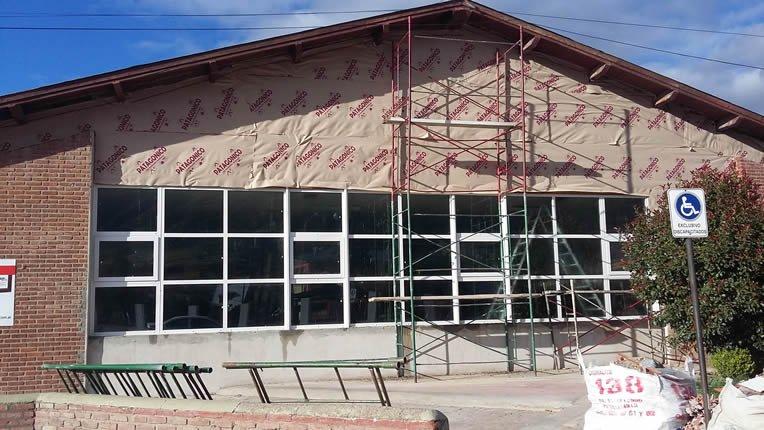 Continúan las obras en Esquel financiadas con fondos del bono provincial